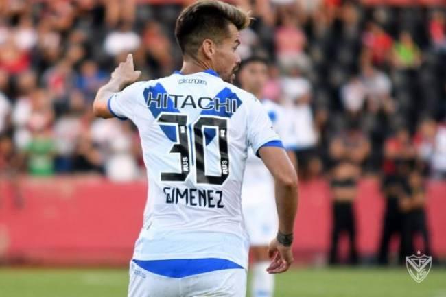 Río Uruguay Seguros debutó en los dorsales de Vélez Sarsfield