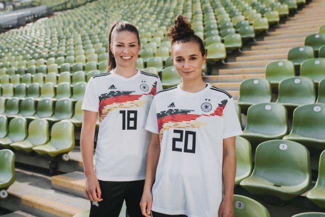 Adidas equipara premios entre futbolistas masculinos y femeninos