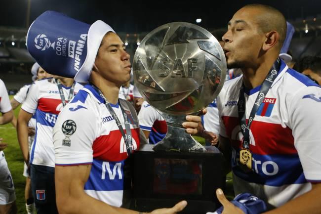 Joma consigue su primer título en Argentina