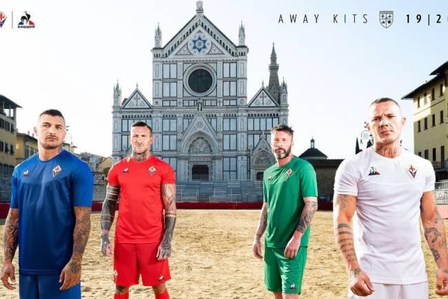 Le Coq Sportif presentó las nuevas camisetas suplentes de Fiorentina