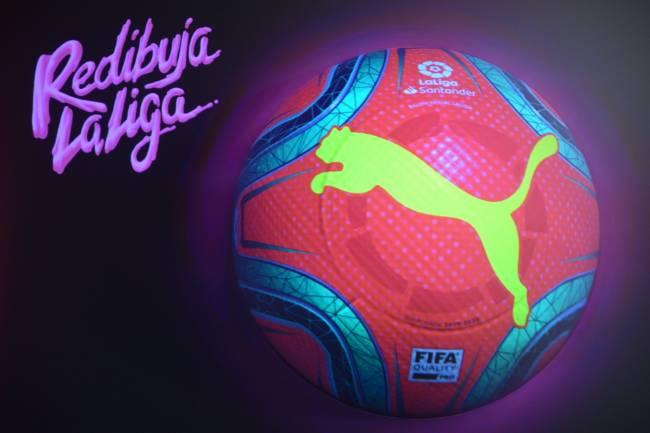 Puma presenta el balón de invierno de LaLiga