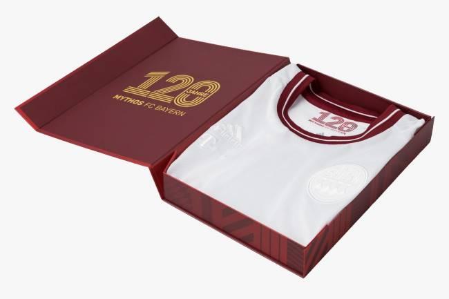 Adidas y Bayern Munich presentan una camiseta especial por los 120 años