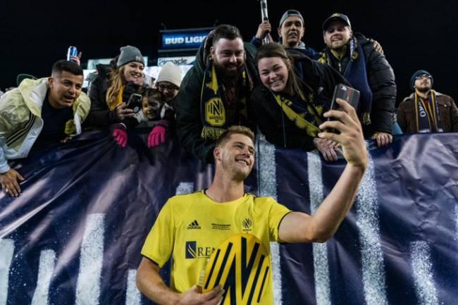 Nashville SC diseña un curioso regalo para el Man of The Match
