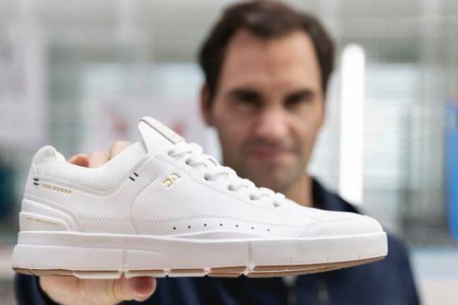 Roger Federer lanza su primera línea de zapatillas