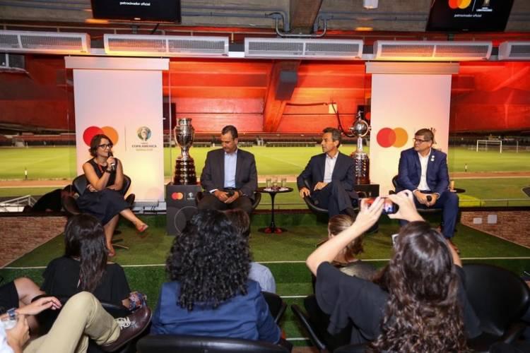 Mastercard se convierte en la marca oficial de pagos del fútbol sudamericano