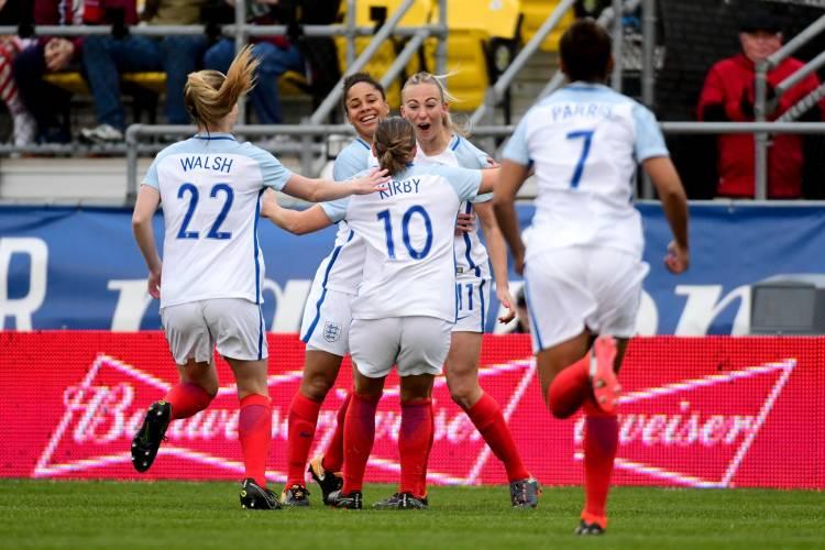 Budweiser se une a la selección femenina de Inglaterra