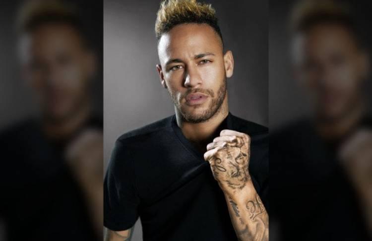 Neymar Jr. y Diesel Fragrances lanzan el perfume del brasileño