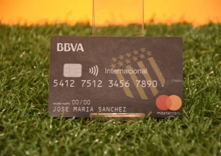 BBVA Francés lanzó la tarjeta de crédito de Peñarol