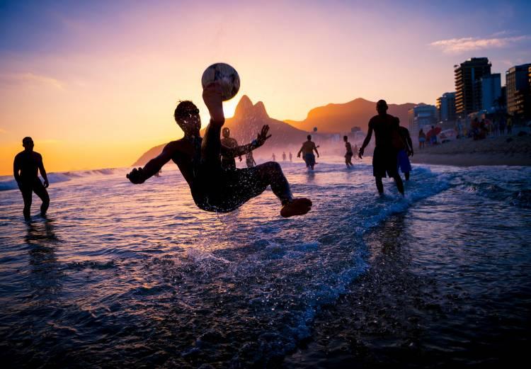 Almundo une la pasión por el deporte y los viajes