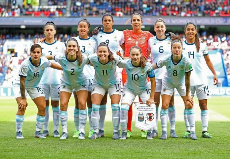Las marcas detrás de las futbolistas argentinas