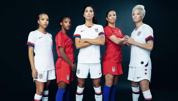 La camiseta femenina de Estados Unidos causa furor de ventas