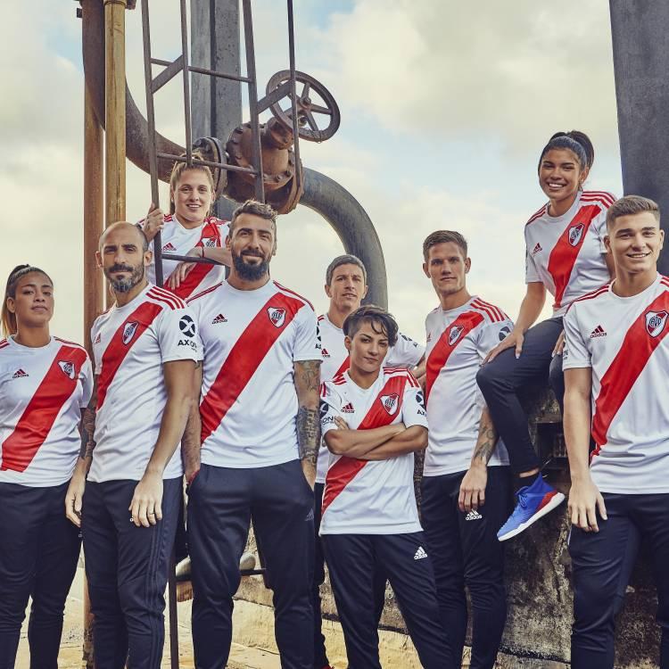 Adidas presentó la nueva camiseta de River Plate