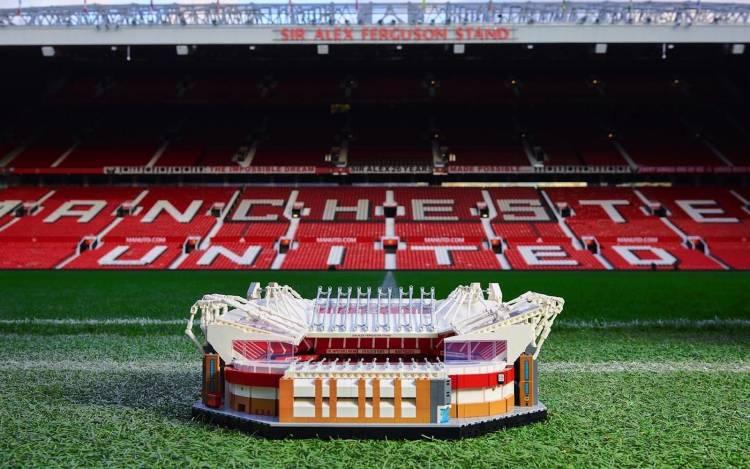 LEGO llega al fútbol junto a Manchester United