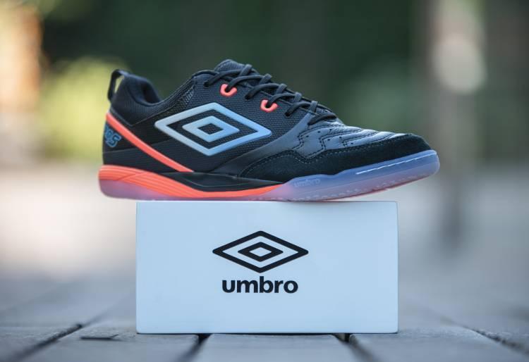 Umbro Argentina presenta sus nuevos botines de Futsal
