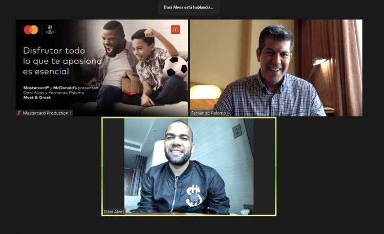 Mastercard y McDonald´s Panamá invitaron a Dani Alves a participar de un meet & greet Priceless